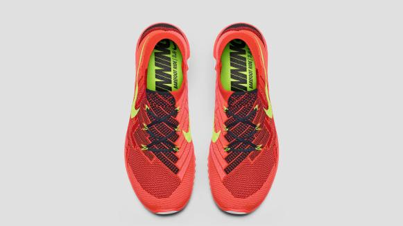 SU15_W_NikeFree_5_0_Pair_Heel_39244_porto_34_hd_1600