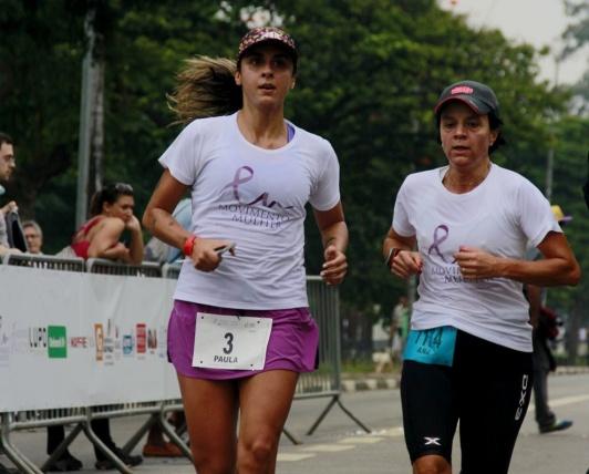 Paula Narvaez, maratonista, corredora, mãe e uma das idealizadoras da prova