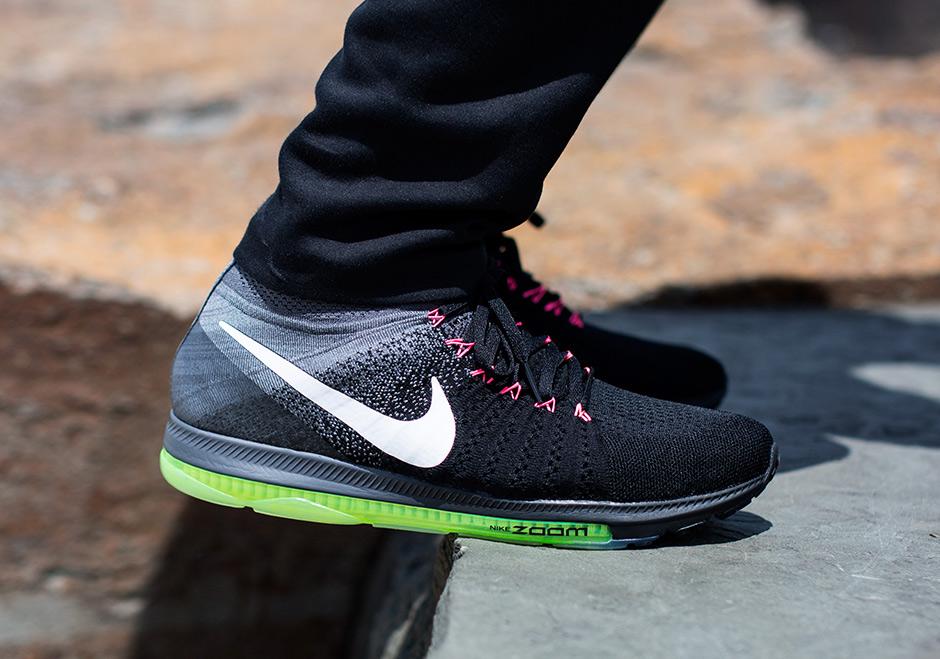 Nike lança Out o Nike Zoom All Out lança 81f590